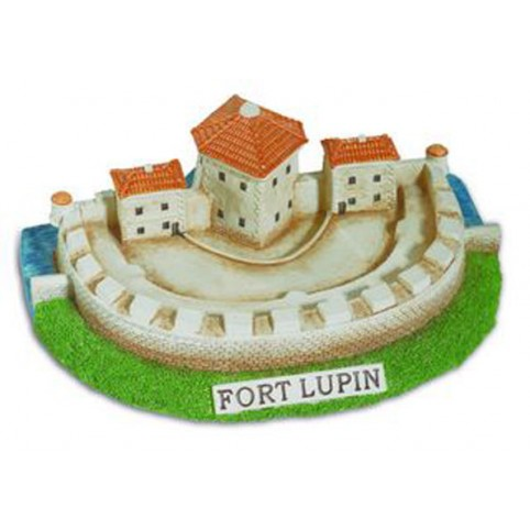 FIGURINE FORT LUPIN