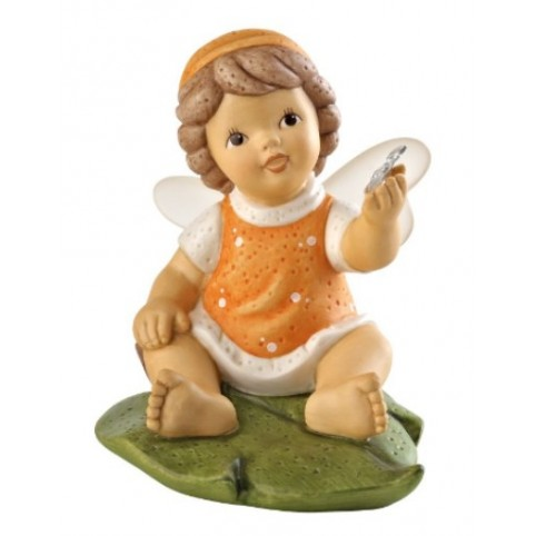 FIGURINE FEE AVEC PAPILLON