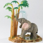FIGURINE ELEPHANT SUMMER SHOWER