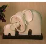 FIGURINE ELEPHANT ET SON BEBE