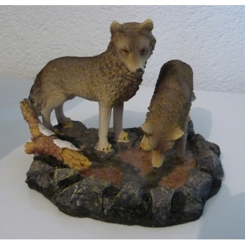 FIGURINE LOUP RIVIERE